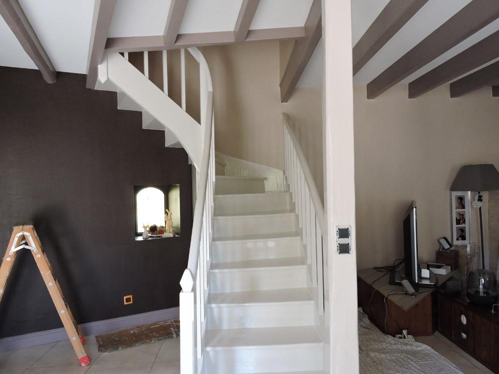 Peinture escalier bois - Peintre Atelier Pro Peinture à Pouillé