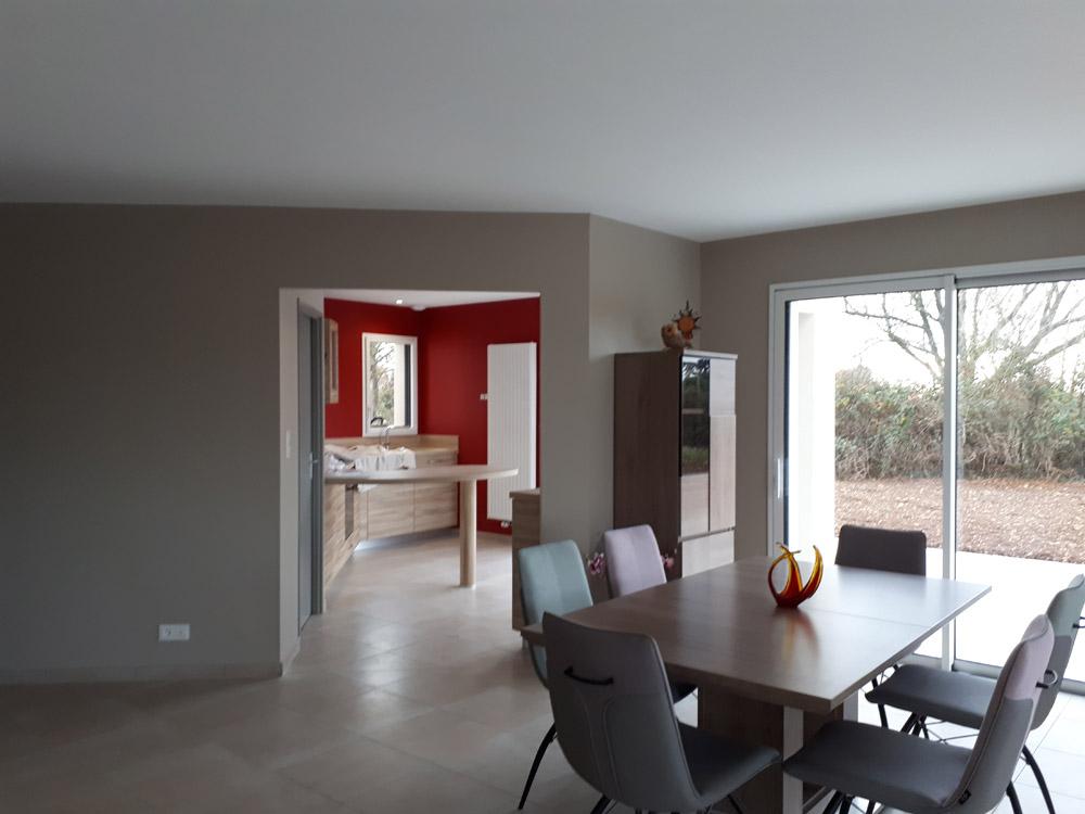 Peinture murs cuisine et séjour - Peintre Atelier Pro Peinture à Pouillé - Secteur Fontenay-le-Comte
