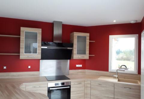 Peinture rouge sur murs - Peintre Atelier Pro Peinture à Pouillé - Secteur Fontenay-le-Comte